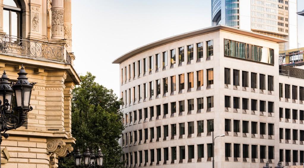 Rechtsanwaltskanzlei & Notariat Lennert Schneider & Partner Frankfurt am Main - Buerogebäude der Kanzlei Lennert Schneider & Partner